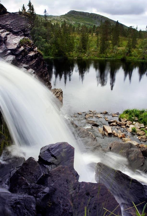 Download Vattenfall fotografering för bildbyråer. Bild av intensivt - 993509