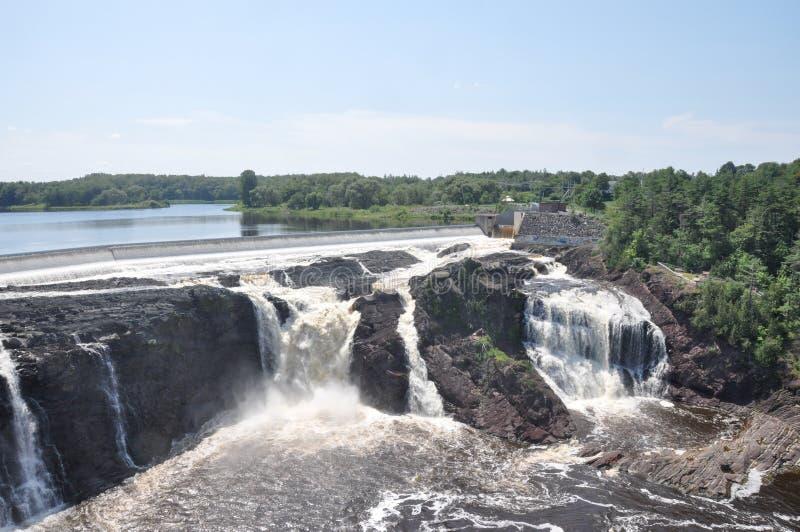 Vattenfall av Charny, Quebec, Kanada fotografering för bildbyråer