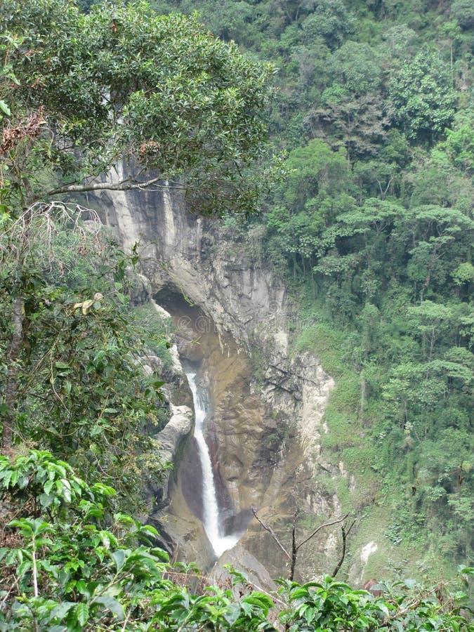 Vattenfall av floden Recio i LÃbano, Tolima, Colombia royaltyfria bilder
