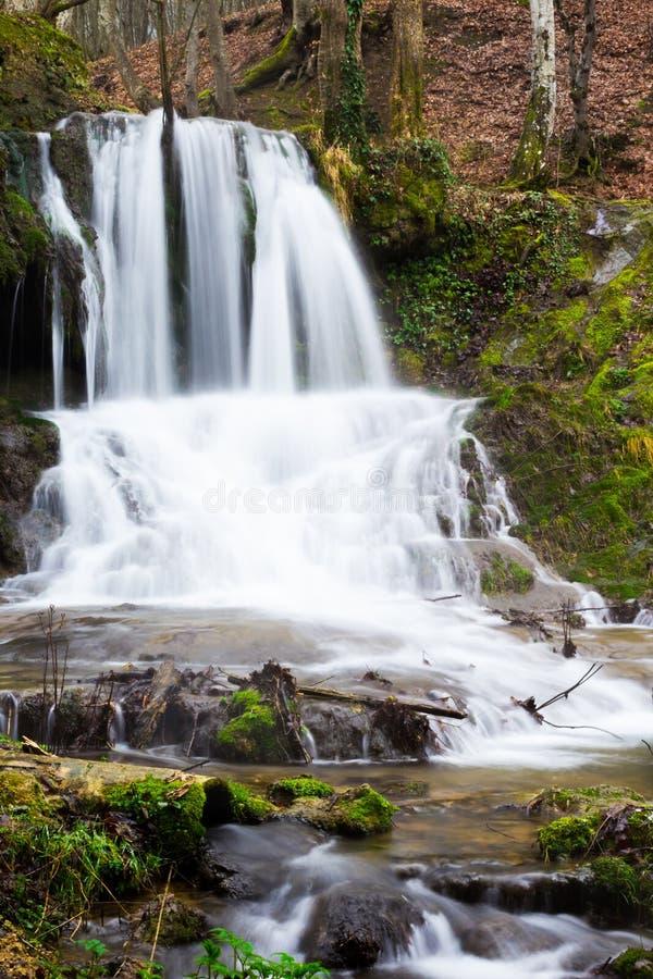 Vattenfall Dokuzak i det Strandzha berget, Bulgarien fotografering för bildbyråer