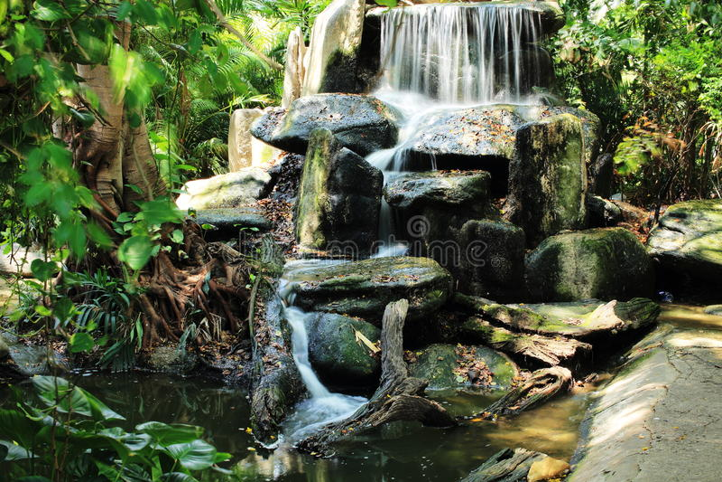Vattenfall Dusit zoo (Khao buller), Bangkok, Thailand arkivfoton