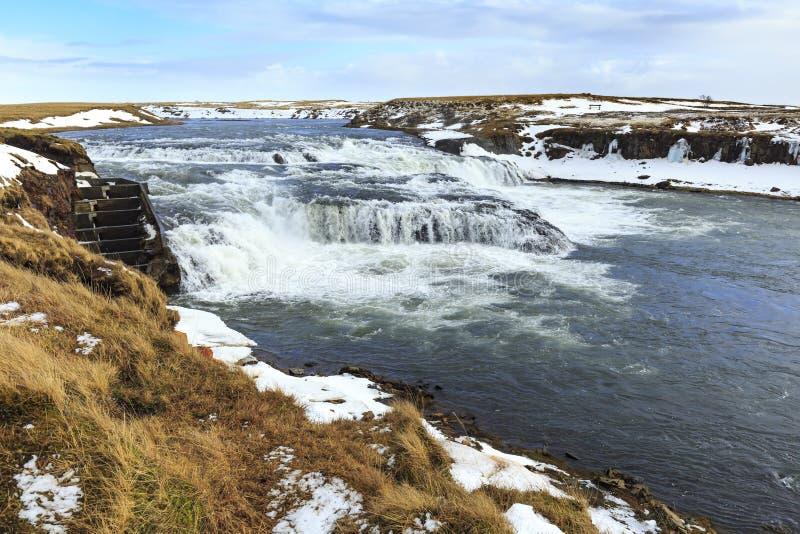 Vattenfall för Ã-† gissÃðufoss som lokaliseras nära Hella på rutt 1, Icelan royaltyfri fotografi