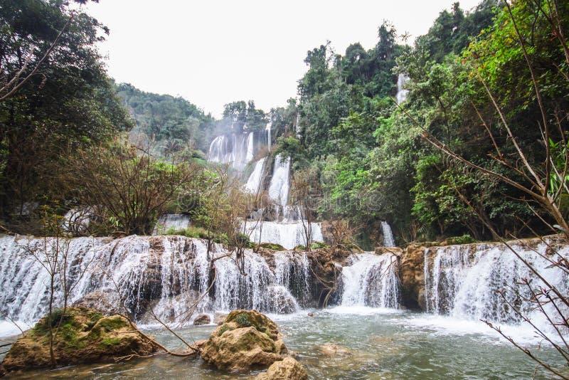 vattenfall för losu-thi fotografering för bildbyråer