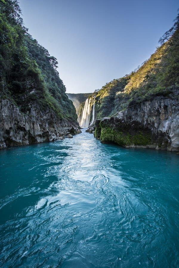 Vattenfall för Tamul ` s royaltyfri bild