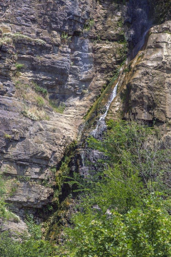 Vattenfall Gara Bov, Bulgarien royaltyfria foton