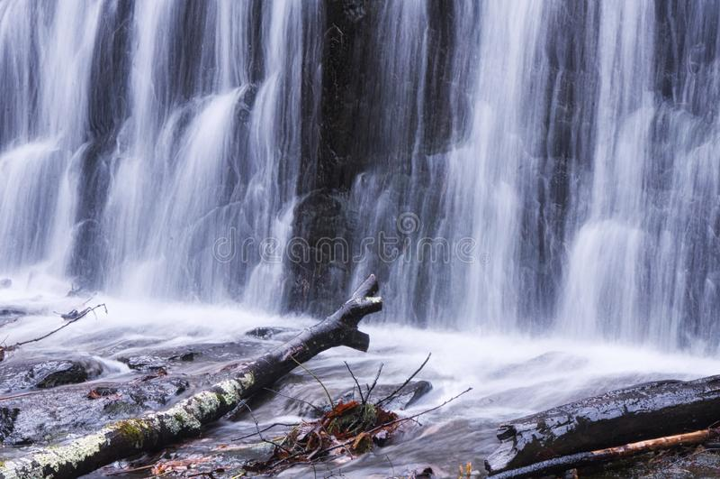 Vattenfall i Burr Pond Torrington Connecticut fotografering för bildbyråer