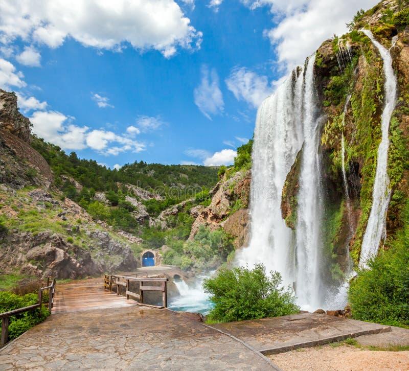 Vattenfall Krcic i Knin royaltyfri bild