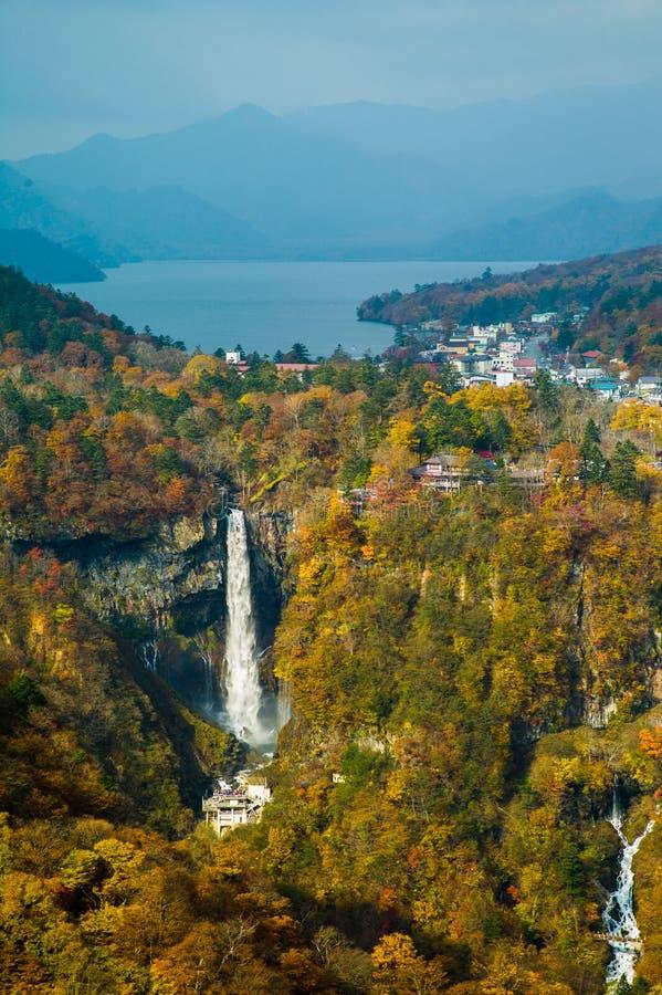 Vattenfall nära Nikko, Japan fotografering för bildbyråer