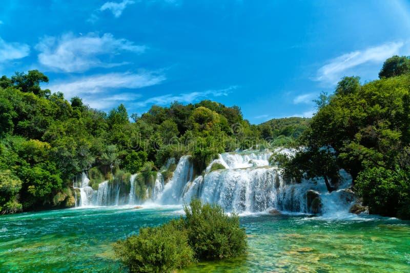 Vattenfall på nationalparken Krka, Dalmatia, Kroatien fotografering för bildbyråer