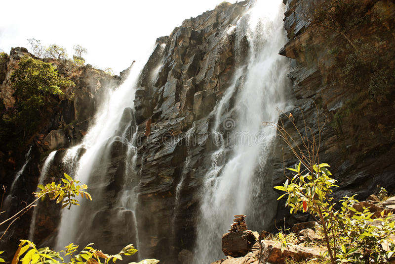Vattenfall Pirenopolis - Goias - Brasilien arkivfoton