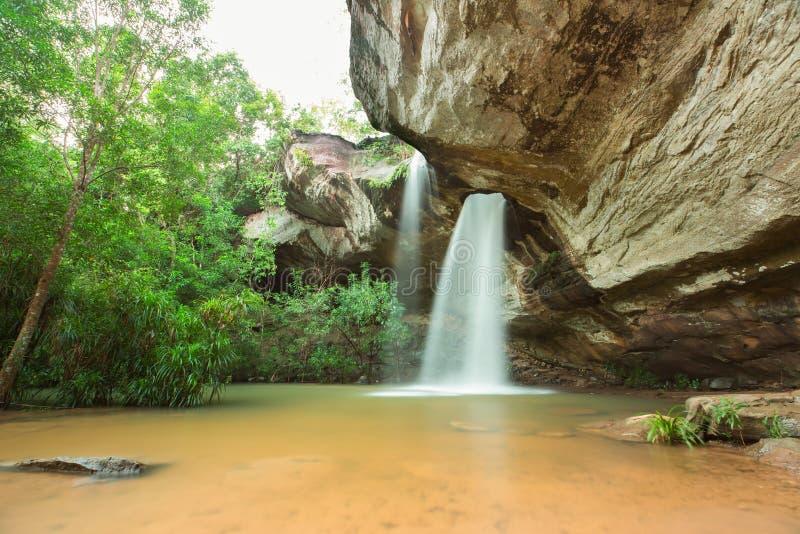 Vattenfall Sangchan hålvattenfallet arkivfoto