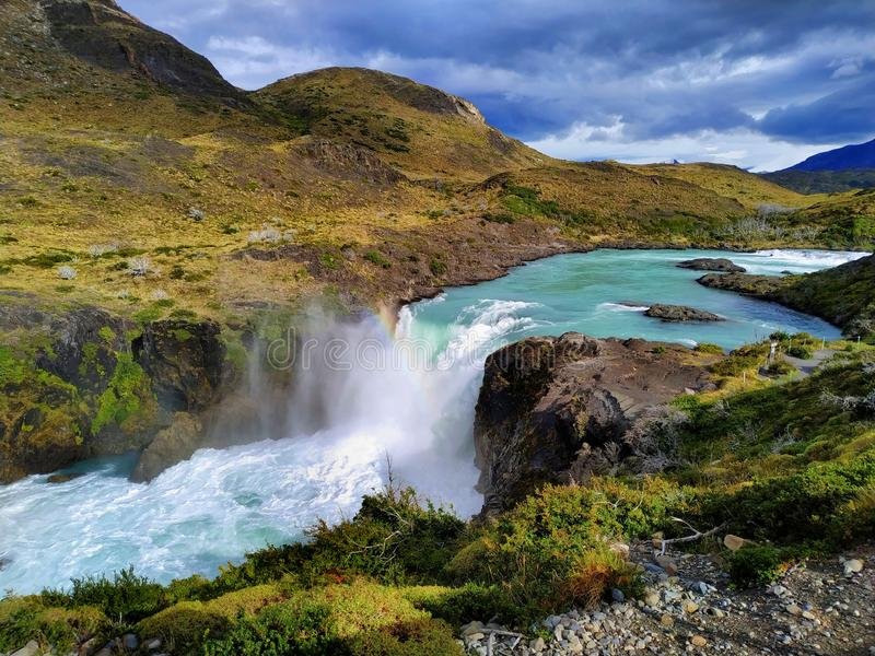 Vattenfall Torres Del Paine National Park, Patagonia Chile arkivfoton