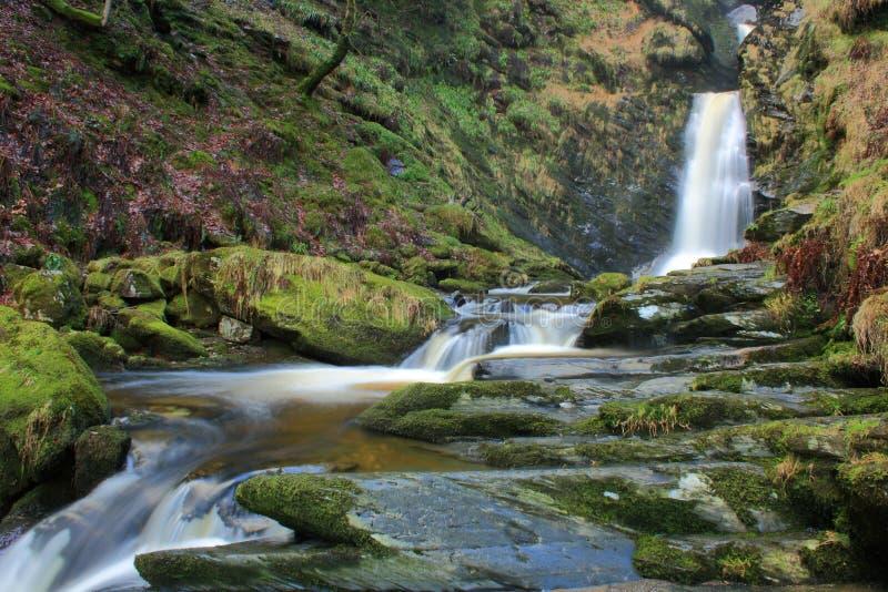 vattenfall welsh royaltyfria bilder