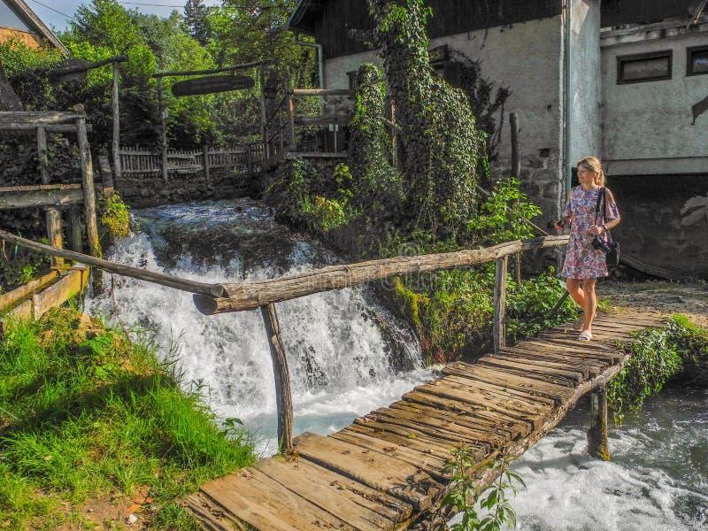 Vattenfallen av Slunj royaltyfri bild