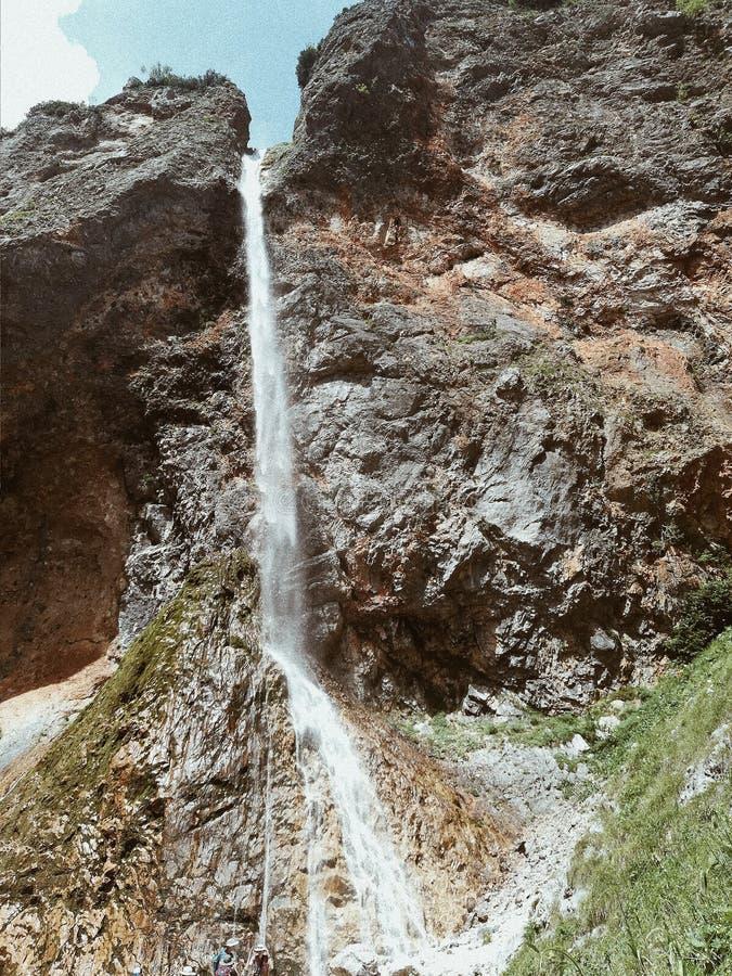 Vattenfallvandring fotografering för bildbyråer
