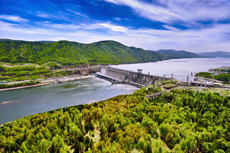 Vattenkraftstation i Krasnoyarsk arkivbild