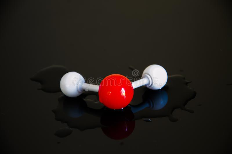 Vattenmolekyl h2o royaltyfri bild