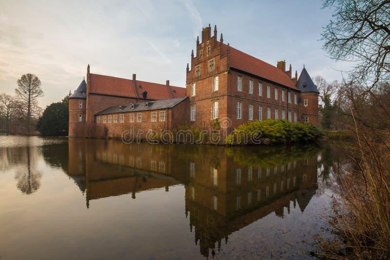 vattenslotten herten Tyskland royaltyfri bild