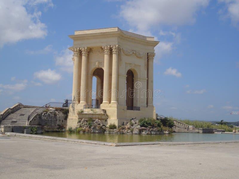 Vattentorn i promenad du Peyrou, Montpellier, Frankrike arkivbilder
