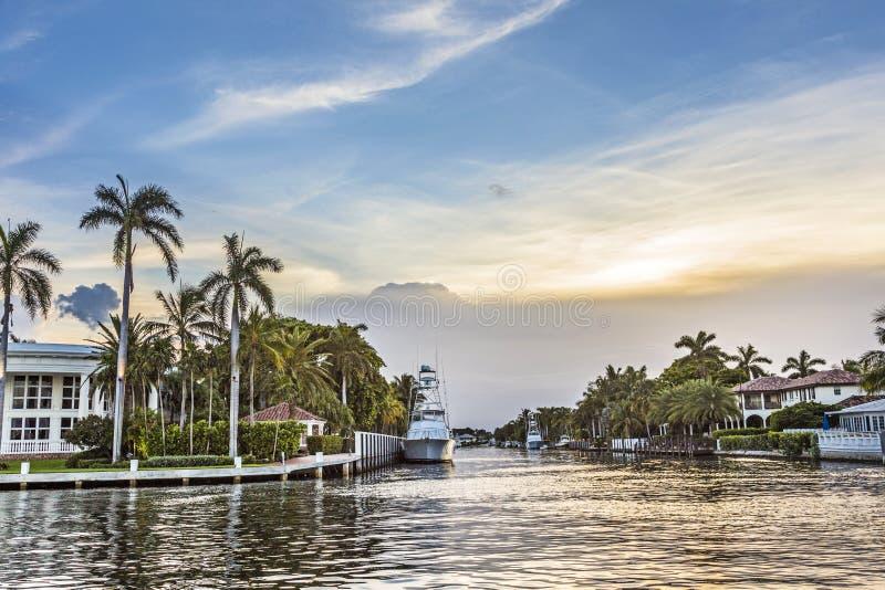 Vattenväg i Fort Lauderdale arkivbilder