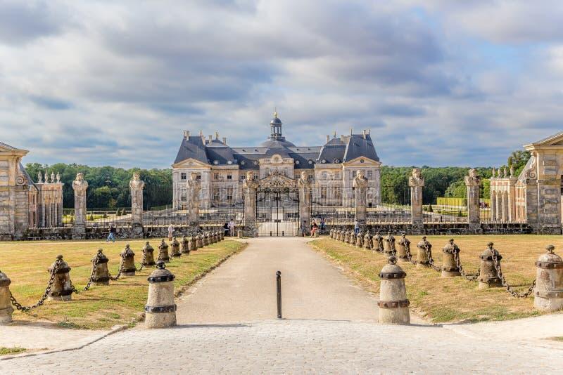 Vaux-LE-Vicomte, Γαλλία Η μπροστινή είσοδος στο φέουδο στοκ εικόνες