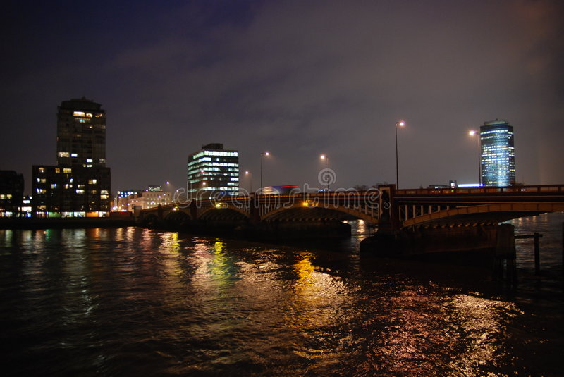 Download The Vauxhall bridge 2 stock image. Image of light, most - 7654933