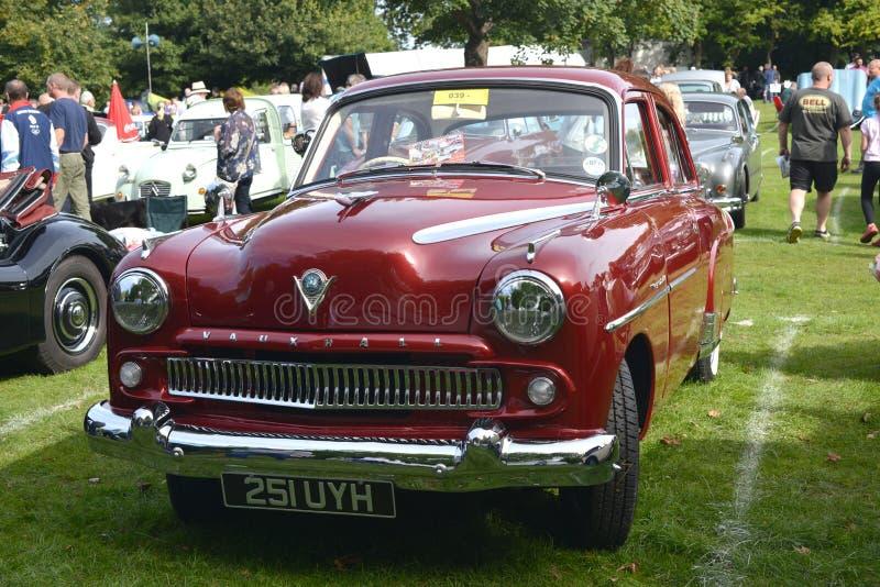 Vauxhall för gammal tappning motorisk bil royaltyfria bilder