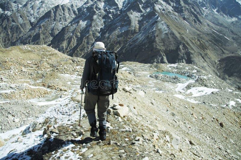 Vaya de excursión en Himalayan imagenes de archivo