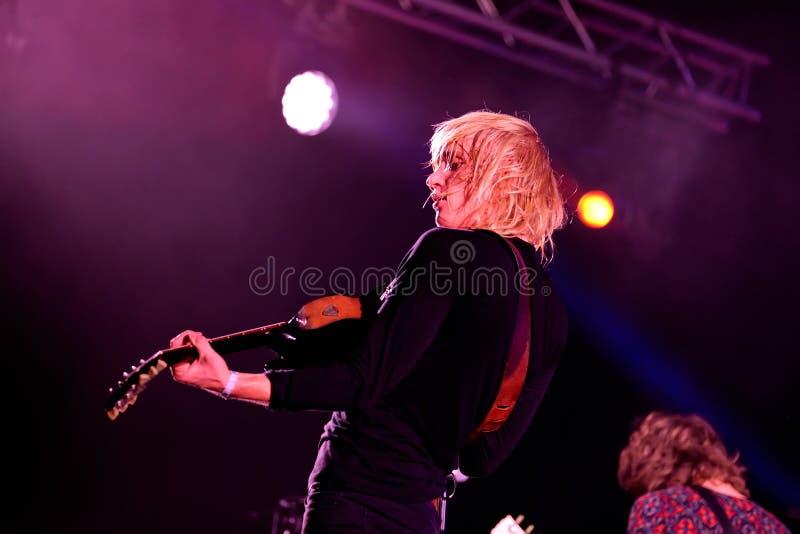 Vaya van actuación en directo de la banda de Berlín en el festival de Bime imagen de archivo