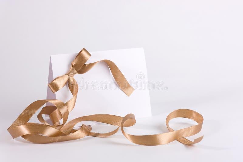 Vazio convide com fita dourada imagem de stock royalty free