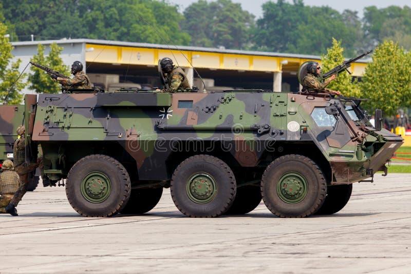 Veículo blindado de transporte de pessoal militar alemão, Fuchs imagem de stock
