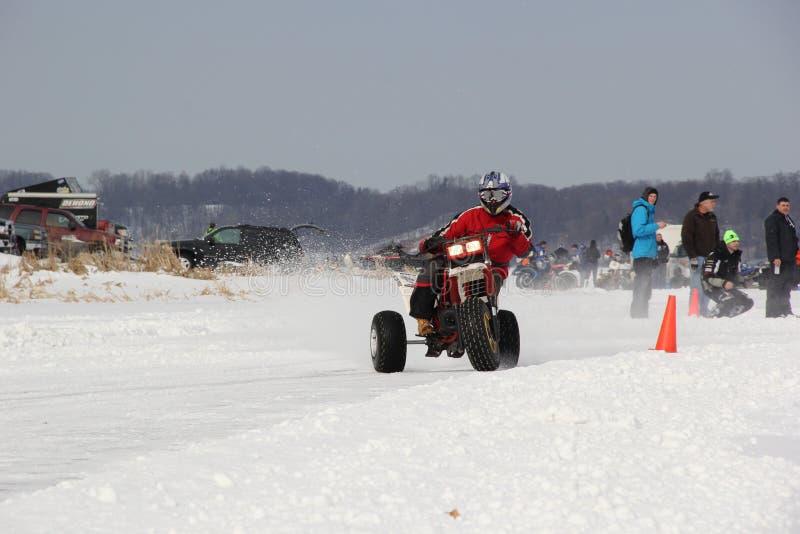 Veículo com rodas três no gelo foto de stock royalty free