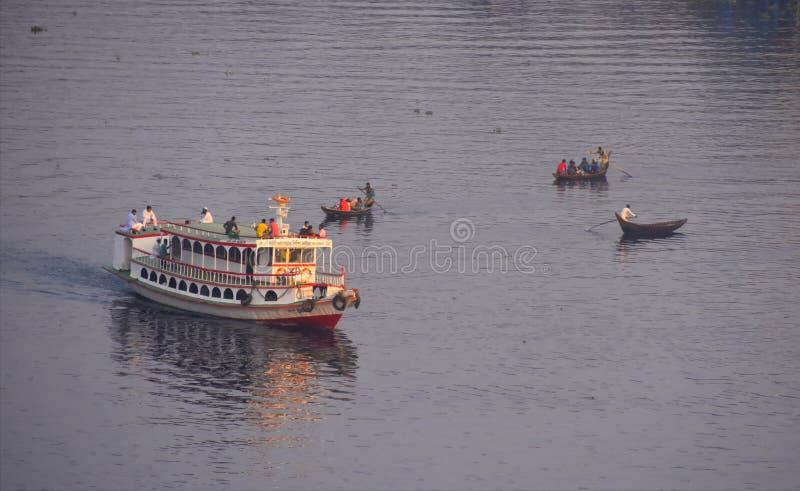 Veículo da água em Dhaka Bangladesh imagens de stock royalty free