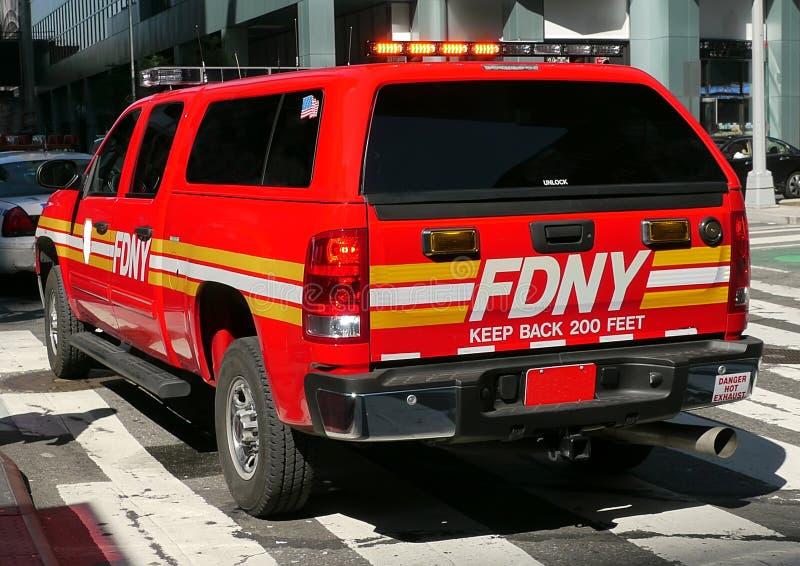 Veículo do batalhão de FDNY/EMS. imagem de stock