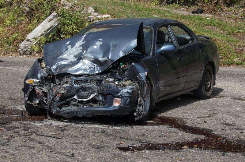 Veículo motorizado gravemente defeituoso como um resuslt de uma colisão fotografia de stock royalty free