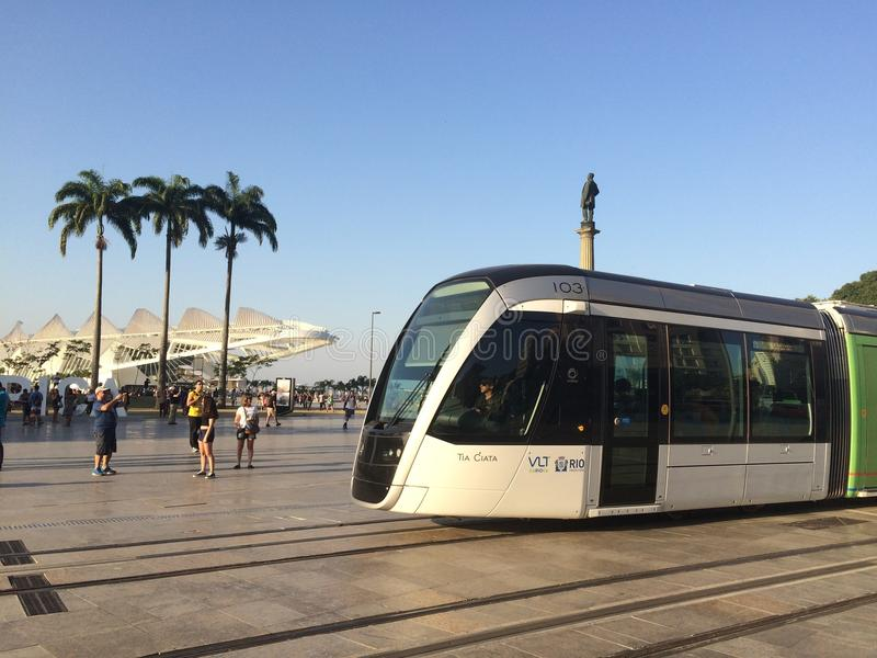 Veículos de trilho leves - museu do amanhã - Rio de janeiro imagem de stock