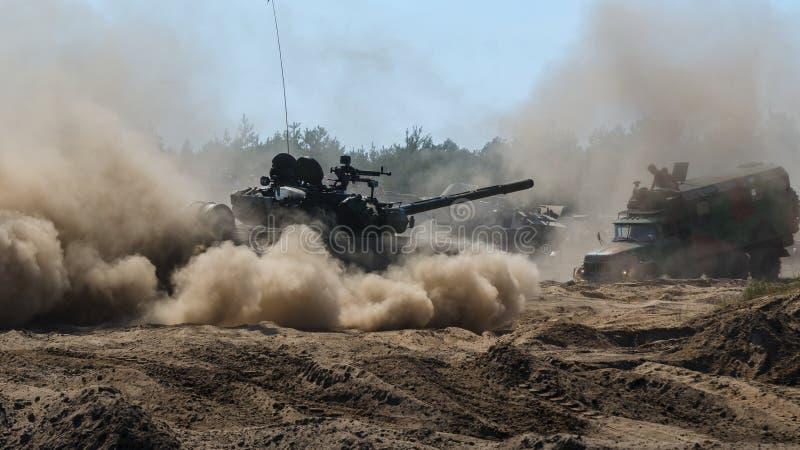 Veículos militares velhos imagem de stock royalty free