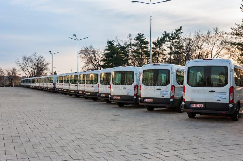 Veículos novos do transporte da mercadoria fotografia de stock royalty free