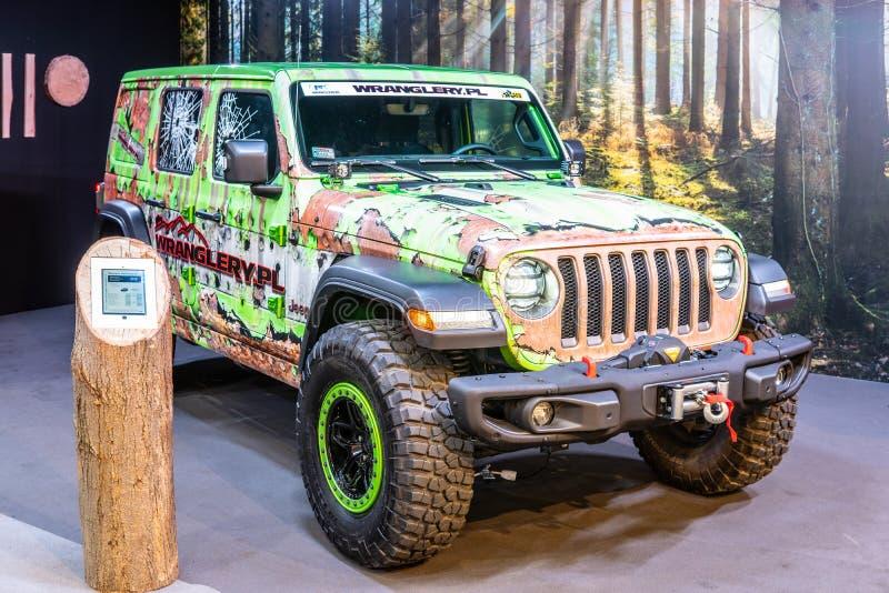 Ve?culo fora de estrada do quatro rodas motrizes de Jeep Wrangler fabricado pelo jipe fotografia de stock royalty free