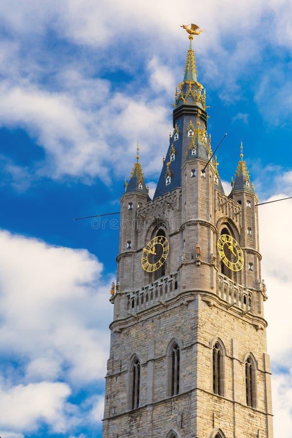Vea para arriba en el campanario en Gante, Bélgica imágenes de archivo libres de regalías