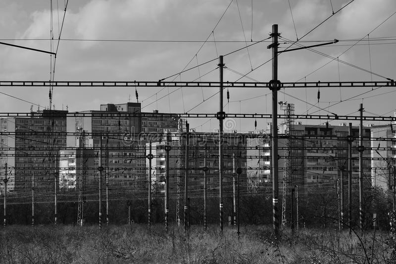 Vecchi binari ferroviari nella città 2 fotografie stock libere da diritti