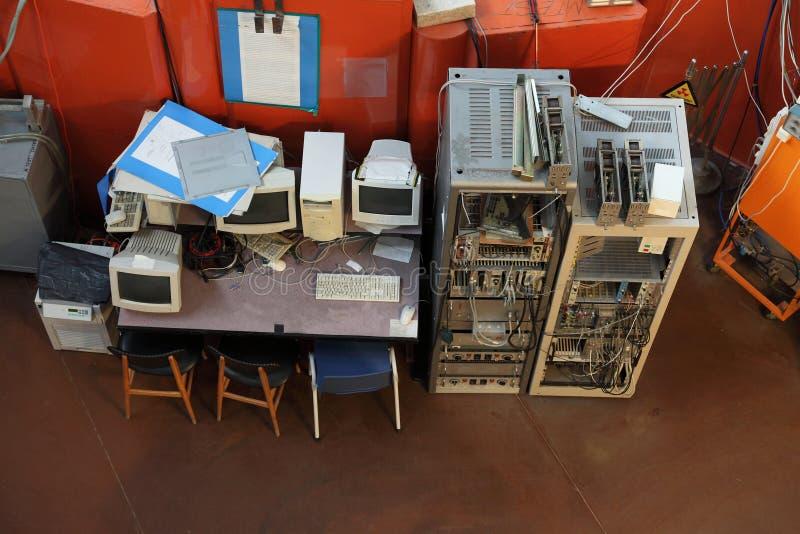 Vecchi calcolatori fotografia stock libera da diritti