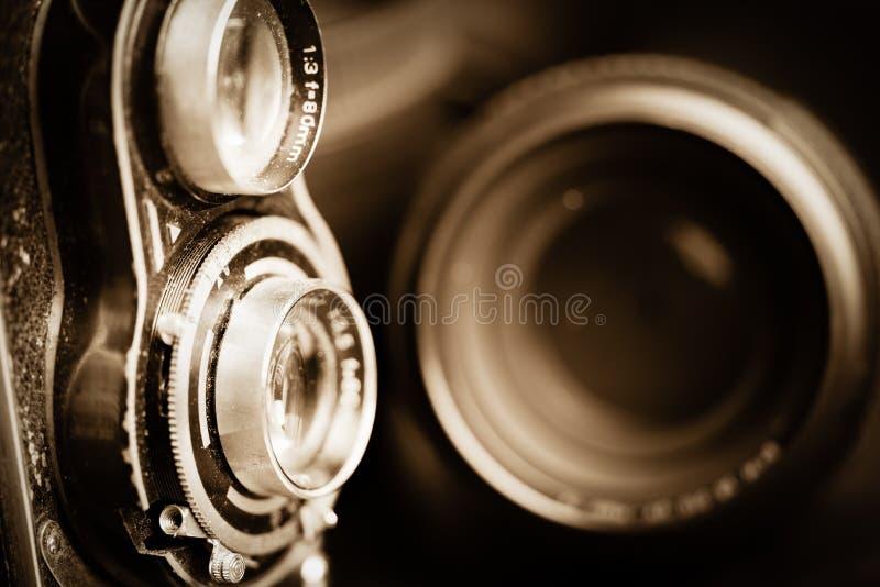 Vecchi macchina fotografica ed obiettivi di vingage fotografia stock