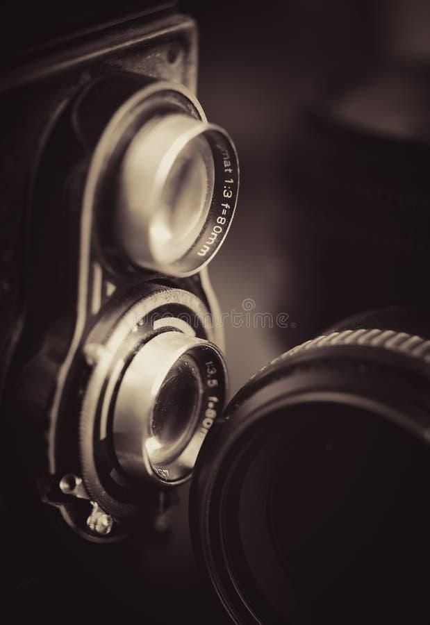 Vecchi macchina fotografica ed obiettivi di vingage immagini stock