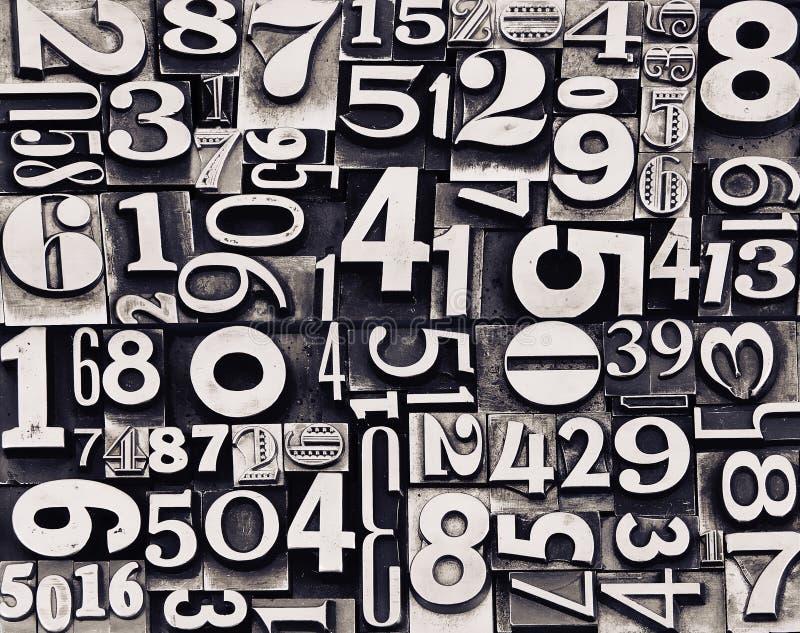 Vecchi numeri del metallo fotografie stock libere da diritti