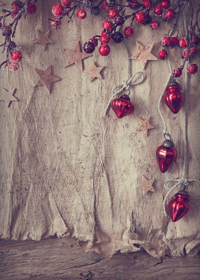 Vecchi ornamenti di chrostmas e della pergamena immagini stock libere da diritti