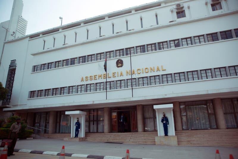 Vecchi quarti del parlamento nazionale, Luanda - Angola immagini stock