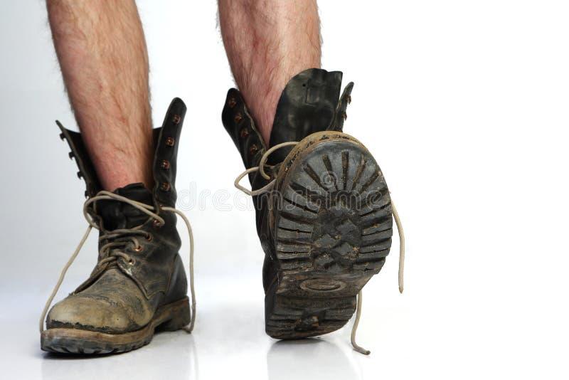 Vecchi stivali con le gambe immagine stock libera da diritti