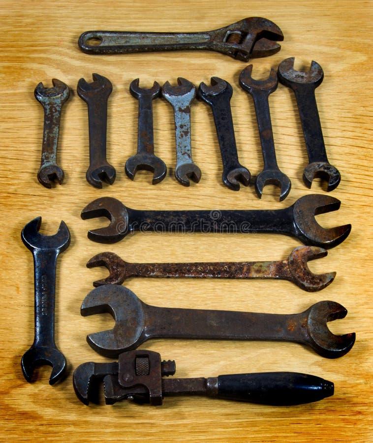 Vecchi strumenti arrugginiti fotografie stock