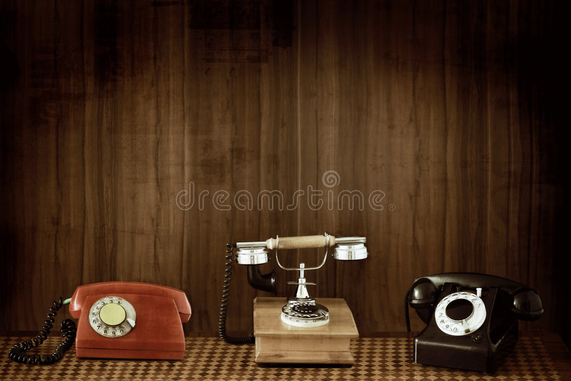 Vecchi telefoni fotografia stock libera da diritti